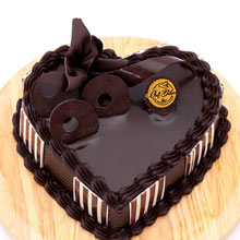 Double Chocolate Heart Shape Cake One Kg