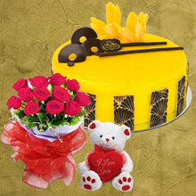 Mango Magnifique One Kg Cake with 12 Roses N Teddy