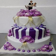 Purple and White Wedding Cake WC08