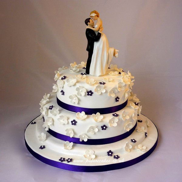 wedding cakes delivery in bangalore buy match purple themed weddings cakes wc02 24169