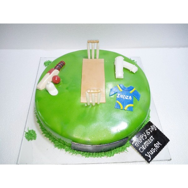Buy Cricket Pitch Themed Cake HS18 Online In Bangalore